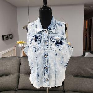 MAURICES Denim Acid Wash Vest Cropped Raw Hem XL